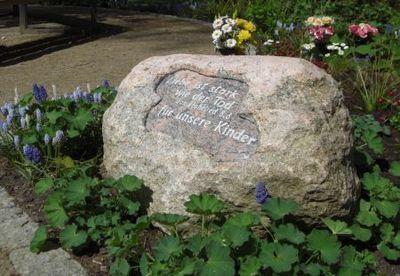 Grabstätte stillgeborene Kinder