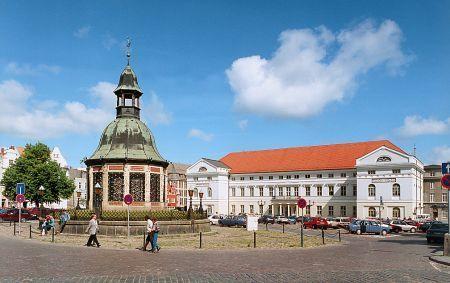 Rathaus und Wasserkunst © Presse, Hansestadt Wismar