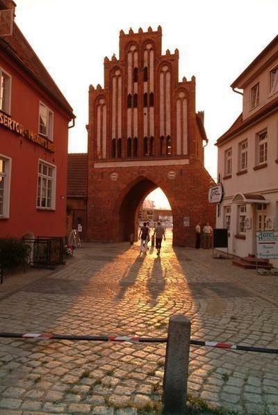 070_Sonnenuntergang am Wassertor  © Hansestadt Wismar